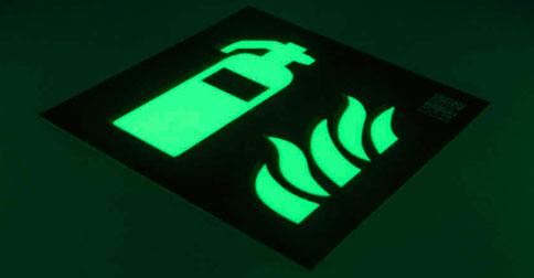 Placas de señalización luminiscentes en Valencia
